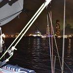 Photo de Champagne Sailing Cruises