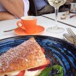 Mille feuille, espresso and italian grillo