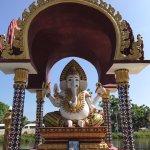 Photo de Wat Plai Laem