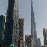 Burj Khalifa raggiungibile con la navetta gratuita