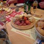 Genieten van een heerlijke lunch met Grüne Veltliner