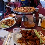 Pizza & Wings