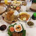 Sate Ayam, Tahu Telor, Gurame Goreng, Gurame Bakar, Gado Gado, and Chili