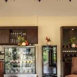 Holm Dee Coffee Bar