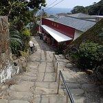 こんな石の階段がたくさんあります