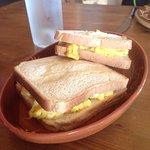 Croque monsieur personnalisé à l'omelette à la tomme de Savoie !!!! Chalet convivial et chaleure