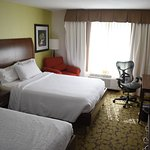 Photo of Hilton Garden Inn New York/Staten Island