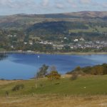 An ideal location on the shores of the lake, lots of parking and a short walk to town