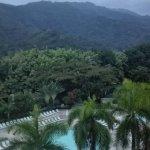 Paz y tranquilidad entre montañas y sonidos de pajaros