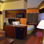 "Suite with 1 Queen Bed with 42"" HDTV, 1 Cup Coffee Maker, Micro/Fridge, Kitchenette, Window Seat"