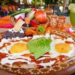 Conoce Nuestro Restaurante El Sauce y La Palma (Huevos Rancheros)