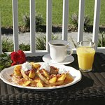 Foto de Seven Oaks Inn Bed and Breakfast