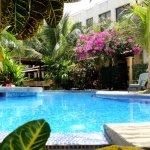 Tropical Gardens Suites & Apartments Photo