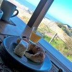 desayuno frente al mar