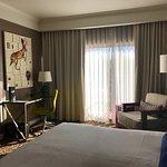 Photo de Amara Resort & Spa, a Kimpton Hotel
