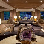Lobby Geode