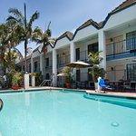 Photo de BEST WESTERN Palm Garden Inn