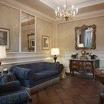 Photo of Baglioni Hotel Carlton