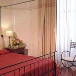 Photo de Domus Sessoriana Hotel