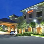 Photo of Courtyard Charleston Mt. Pleasant