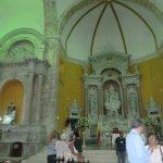 Altarbereich der Kirche