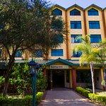 Welcome to the Boma Inn Nairobi, 3 star hotel with proximity to the Jomo Kenyatta International.
