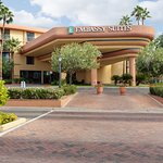 Embassy Suites by Hilton Hotel Phoenix Biltmore