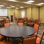Scarlet & Gray Meeting Room - Rounds Setup