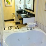 King Whirlpool Suite Bathroom