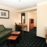 Photo de Fairfield Inn & Suites Memphis I-240 & Perkins