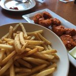 boneless wings and fries