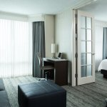 Photo de Chicago Marriott Suites Downers Grove