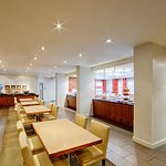 Photo de Residence Inn Montreal Westmount