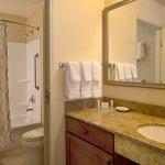 Photo de Residence Inn Denver City Center