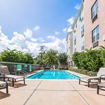 Photo de TownePlace Suites Houston Northwest