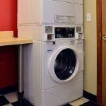 Photo de TownePlace Suites East Lansing