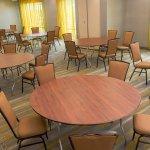 Photo de SpringHill Suites Houston Pearland