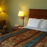 Photo of AmericInn Lodge & Suites Kewanee