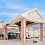 Photo of AmericInn Lodge & Suites Mora