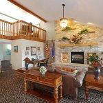 Foto de AmericInn Lodge & Suites Merrill