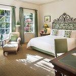 SAB_Riviera Room