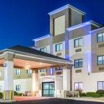 Photo de Holiday Inn Express Howe