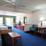 Photo of Holiday Inn Express St. Joseph