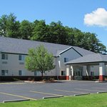 Photo of Dollinger's Inn & Suites