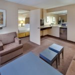 Holiday Inn Express Palatine-Arlington Hts Chicago NW-Jr. suite