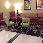 Photo de Holiday Inn Express Ste Forest