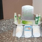 Bath and Body Works guest room amenities