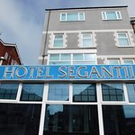 Hotel Segantii Photo