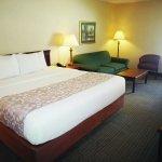Foto de La Quinta Inn & Suites St. Albans