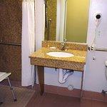 Photo of La Quinta Inn & Suites Visalia/Sequoia Gateway